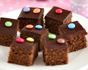 A simple and delicious chocolate tray bake that kids will love – great for parties or as a lunchbox treat