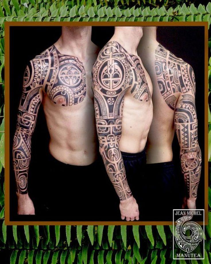 Tatouage polynésien manche et poitrine - Tatouage tribal