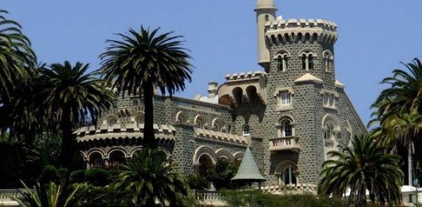 Castillo Brunet, Viña del Mar, Chile - El Palacio fue construido por la familia Brunet, en particular por Adolfo Brunet y su hermano José Rafael, quienes encargaron el proyecto al arquitecto francés Alfredo Azancot, el que era conocido por la ejecución del Palacio Rioja en 1906 y el Palacio Carrasco en 1912. X