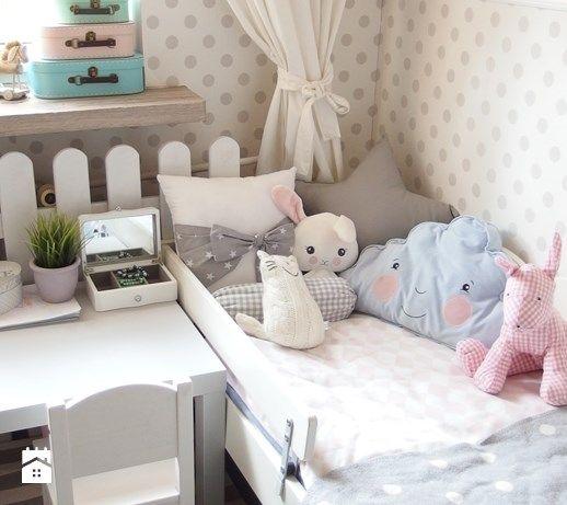 Aranżacje wnętrz - Pokój dziecka: Pokój dziecka styl Klasyczny - karolina0606. Przeglądaj, dodawaj i zapisuj najlepsze zdjęcia, pomysły i inspiracje designerskie. W bazie mamy już prawie milion fotografii!