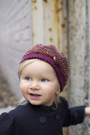 Knitted Beret Pattern Toddler : 17 Best images about Knitting Patterns Kids Hats on Pinterest Ravelry, Mini...