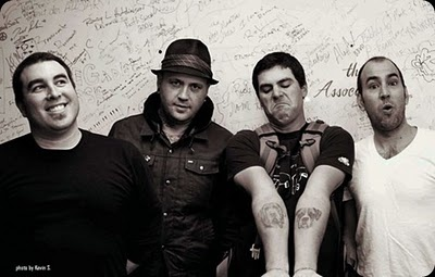 Alien Ant Farm, saw these guys at a serious intimate show last night, they slayed it.