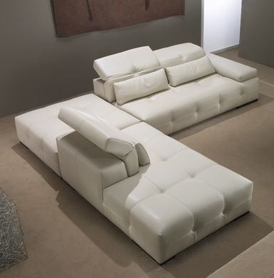 Paramount Sectional Sofa by Gamma Arredamenti