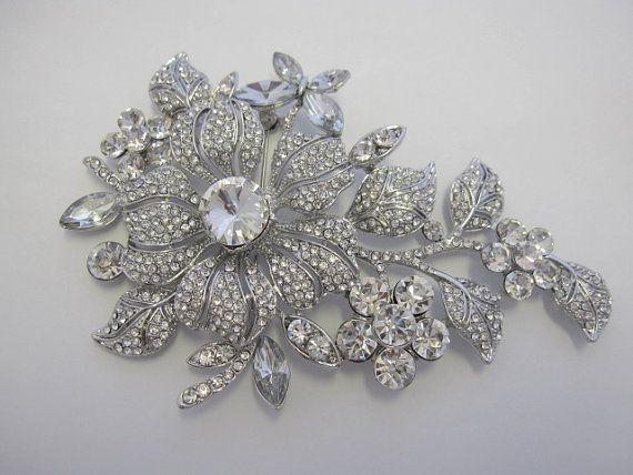 Vintage style Wedding brooch Swarovski Bridal Brooch by jojosupply, $22.00