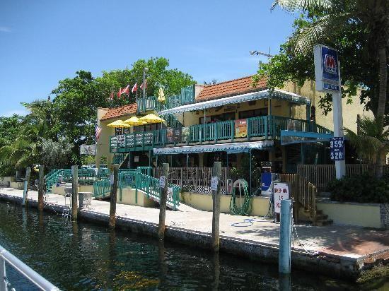 Sharky's on the Marina, restaurant in Key Largo
