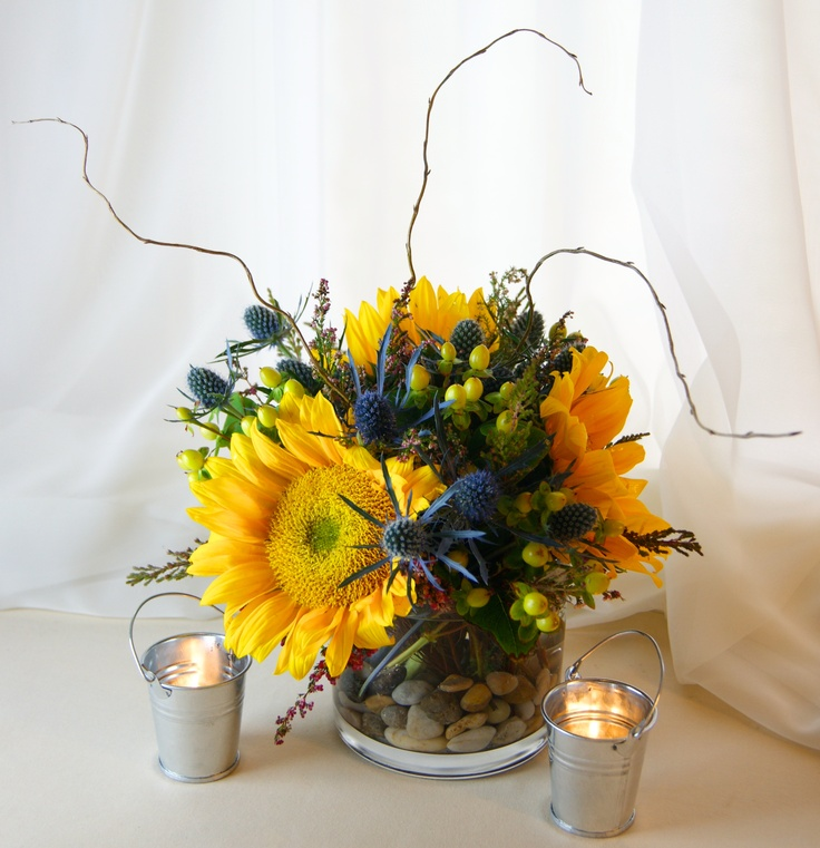 Sunflower centerpiece with rustic charm