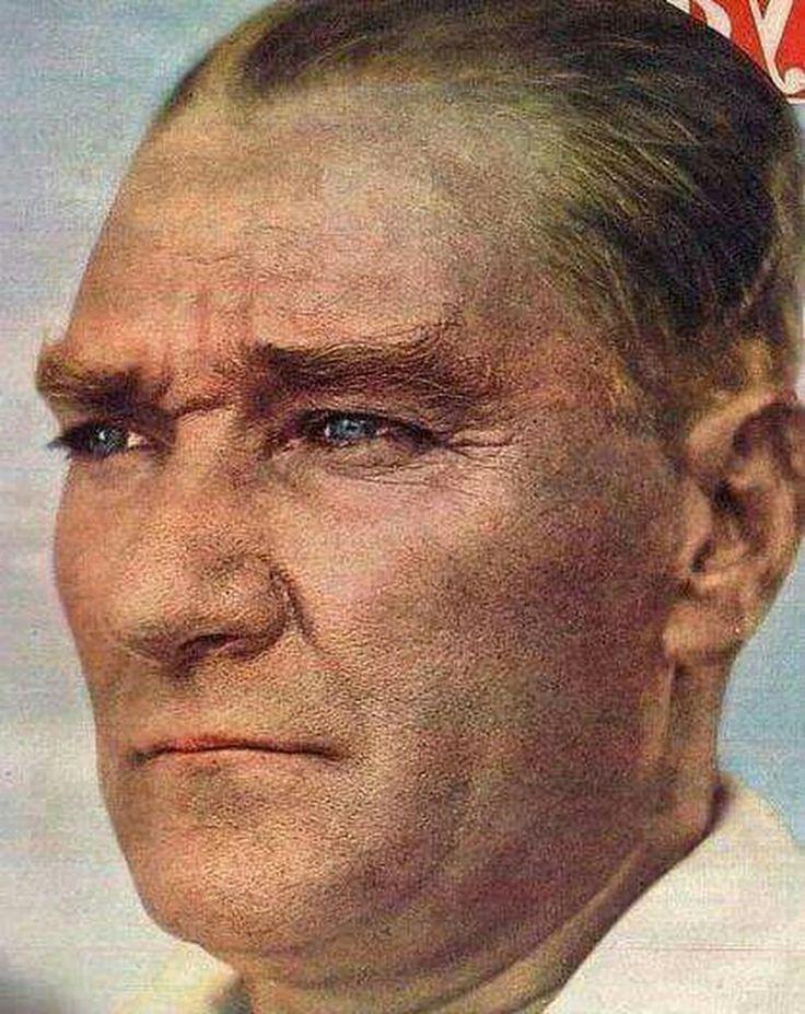 """""""Felaketler insanları zeki, milletleri daima azimli ve yeni hamlelere sevk eder Mustafa Kemal Atatürk...."""