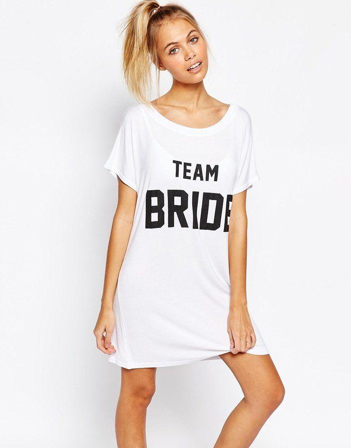 Pin for Later: Nous Avons Trouvé la Parfaite Lingerie Pour Votre Nuit de Noces  Adolescent Clothing - Chemise de nuit avec imprimé « Team Bride » - Blanc (30€)