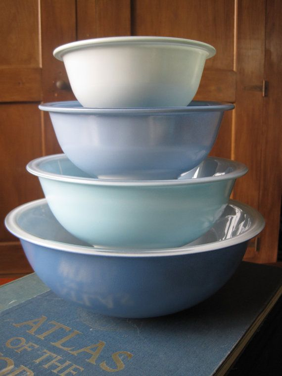 71 best Pyrex Clear Bottom images on Pinterest | Serving bowls ...