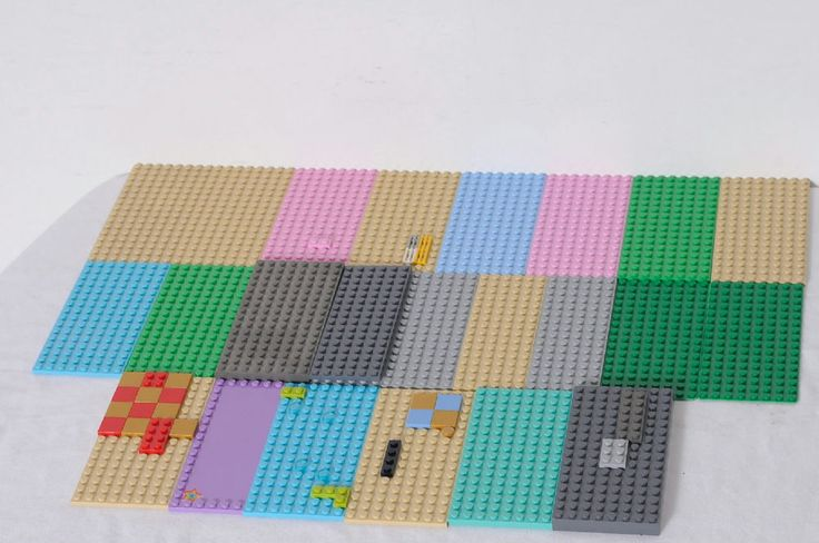 24 Pieces LEGO Various Color Platforms Building Bases And Plates Lot #LEGO