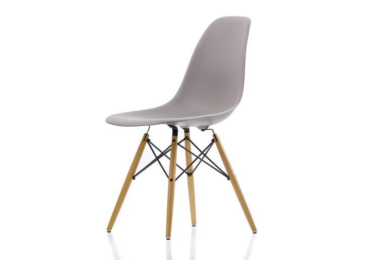 DSW Eames - Poucas cadeiras como a DSW Eames têm tanta versatilidade. Criada por Charles e Ray Eames, a cadeira foi criada em 1950 e é uma das mais copiadas atualmente. Porém, a original possui base sólida em arame e madeira, com amortecedores de borracha para suportar uma pessoa sentada por longos períodos