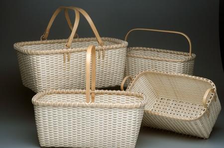 I love Alice Odgen's swing handled baskets.: Basketry Ii, Basket Weaving, Baskets Galore, Baskets Bins, Handled Baskets, Ogden Baskets, Basketry Ideas