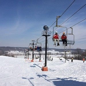 Spring Mill Inn in Southern #Indiana has partnered with Paoli Peaks to offer special overnight #ski packages. You can choose between one or two nights and leave the rest up to them: breakfast, boxed lunch for the slopes and lift tickets.  For reservations, call 877.563.4371 and use code: SKI.