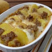Sformato di patate, salsiccia e mozzarella filante - chesformato filante cucino.it