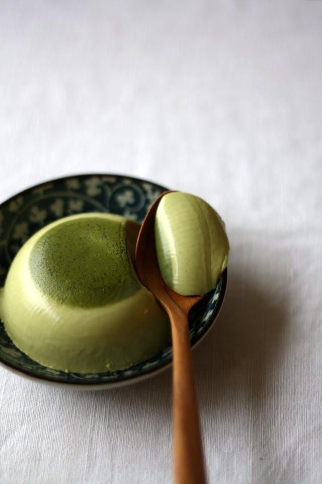 Lily's Kitchen Book: panna cotta au thé Matcha & framboises