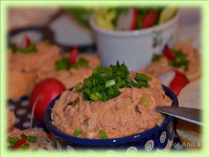 Domowa kuchnia Aniki: Pasta z wędzonej makreli z keczupem