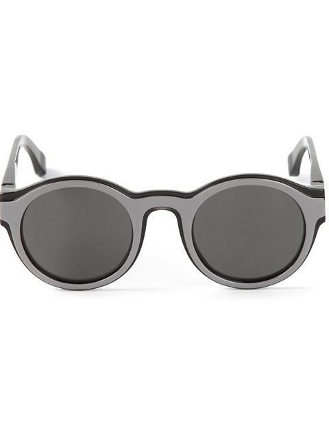 Купить Mykita + Maison Martin Margiela круглые солнечные очки 'Dual' в Vitkac Farfetch предлагает товар из лучших независимых бутиков со всего мира.