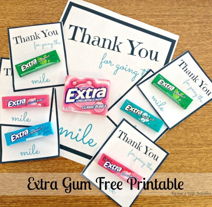This free Extra printable makes it easy to leave a small gift for your postal service workers, school support staff, volunteer firefighters, etc.  #Shop #ExtraGumMoments