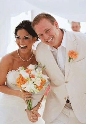 Melissa Rycroft and Tye Strickland, she wore Alfred Angelo