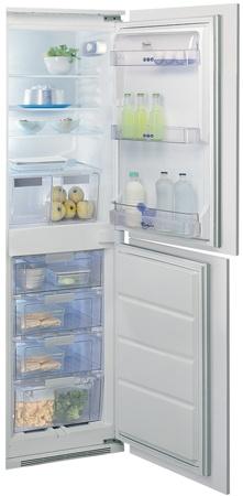 Whirlpool Fridge Freezer. ART477 5