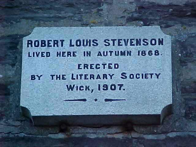 an analysis of the life and works of robert louis balfour stevenson a scottish novelist Robert louis balfour stevenson was a scottish novelist, poet, essayist, and travel writer his most famous works are treasure island, kidnapped and strange case of dr jekyll and mr hyde.