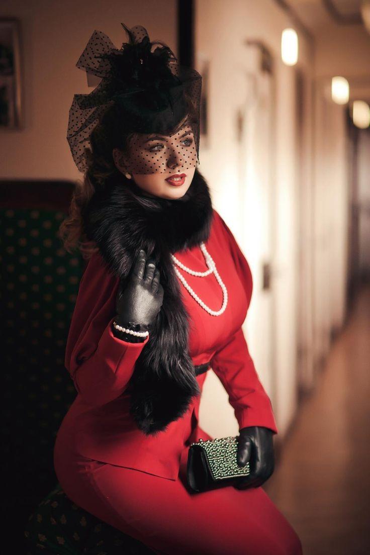В стиле 40-х. Стилист  образа Наталья Черкашина, фотограф Диана Липкина