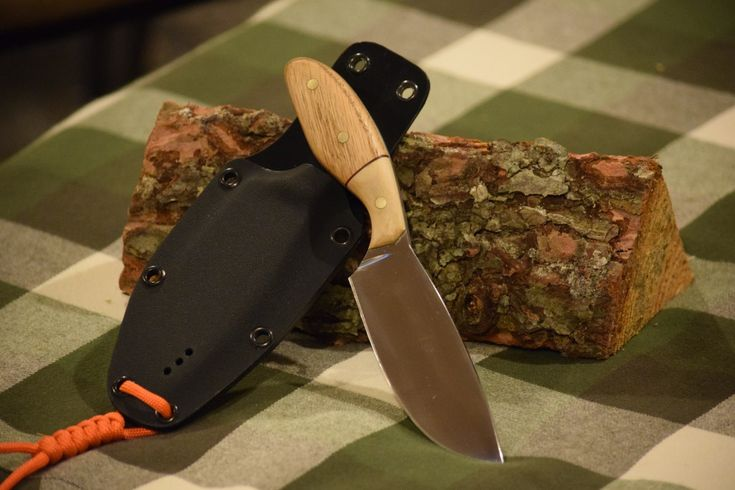 Custom Hunting Knife - Rockcliffe Knives