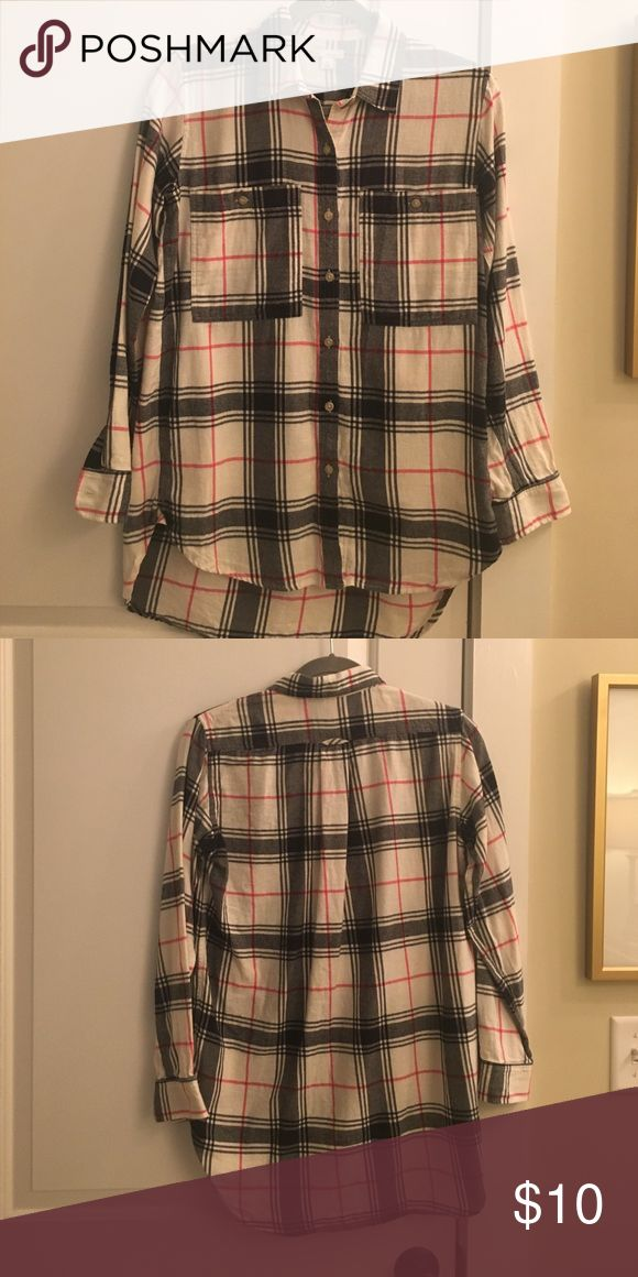 Gap High/Low Black/Pink Flannel Shirt High/Low style, very soft flannel GAP Tops Button Down Shirts
