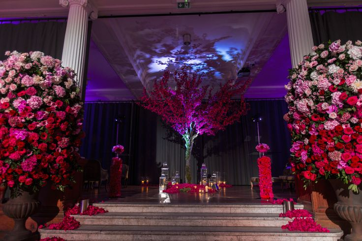 London weddings at The Lindley Hall. Royal Horticultual Hall. Central London Wedding Venue.