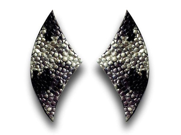 Handmade leather earrings WINGS (gold/black)