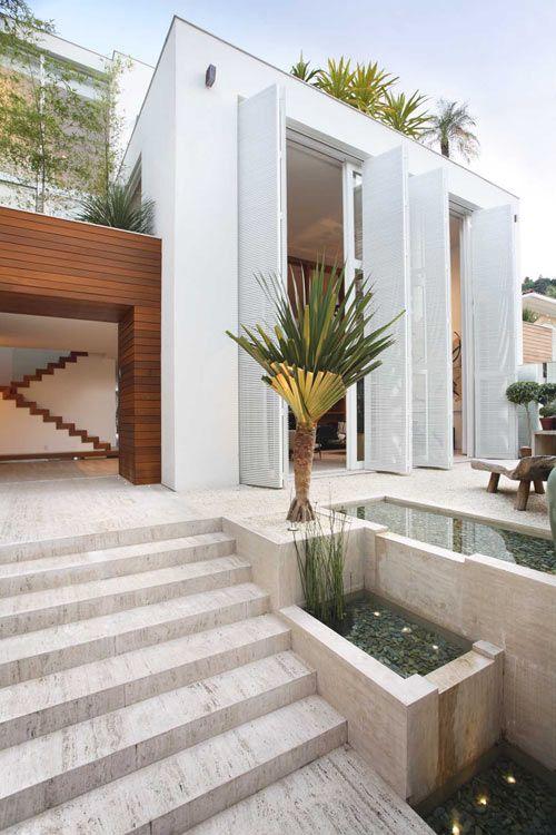 Residence in Brazil by Progetto Arquitetura & Interiores (via Gau Paris)