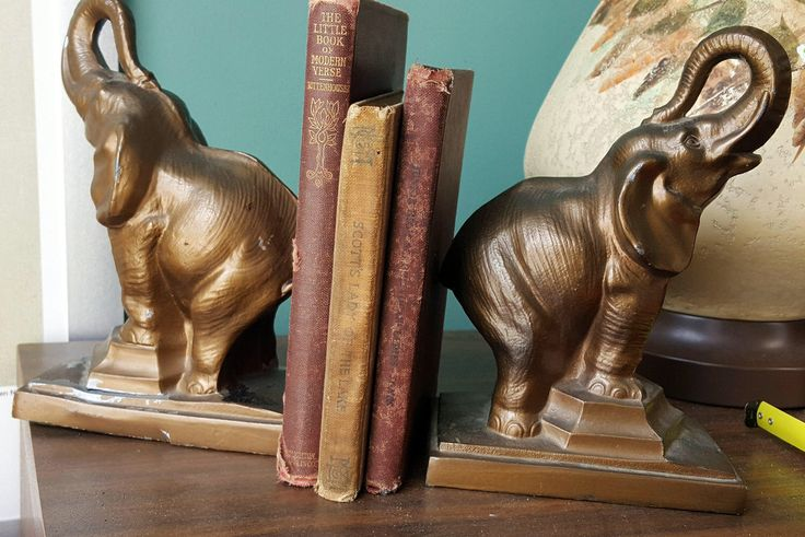Vintage Pair of Elephant Bookends by gremlina on Etsy https://www.etsy.com/listing/501780638/vintage-pair-of-elephant-bookends
