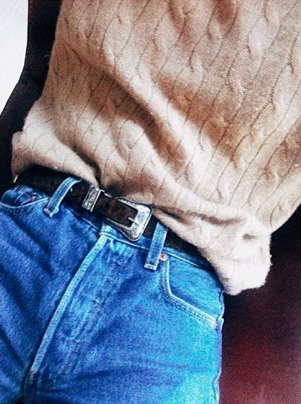 high waist jeans, belt, sweater shirt tucked in