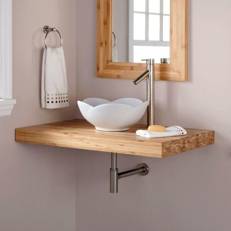 plan vasque et cadre miroir en bambou et vasque fleur blanche