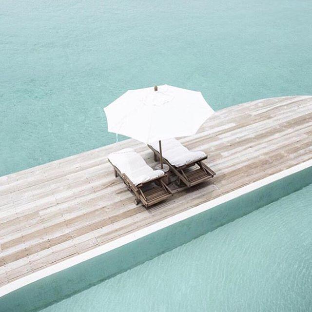 OCEAN | From where we would rather be | Image via Pinterest | #vacation #honeymoon #holiday #ocean #sea #dreaming #summer sun  #Regram via @chosenbyoneday