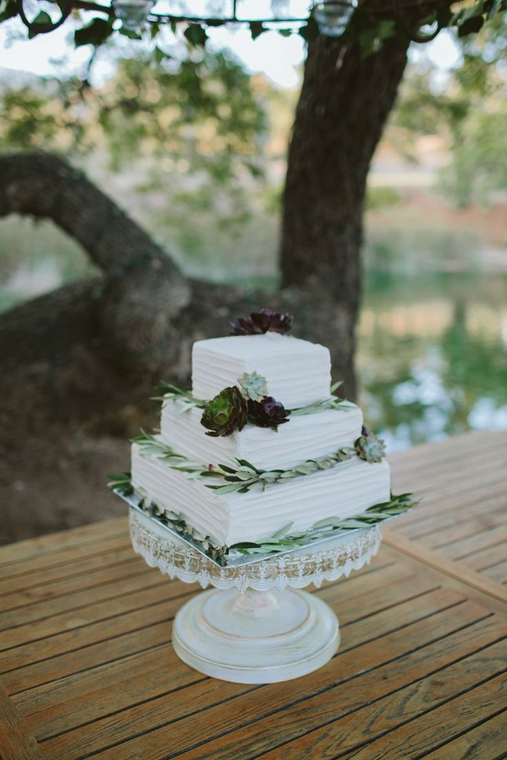 square rustic wedding cakes 1000 images about cakes and on lace 20366