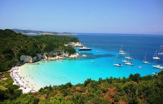 Η καλύτερη παραλία των νησιών μας | Καφενείο Μεγαλόπολης