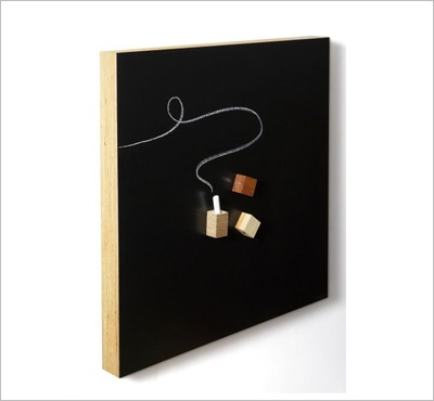 Square magnetic chalkboard by Kotonadesign
