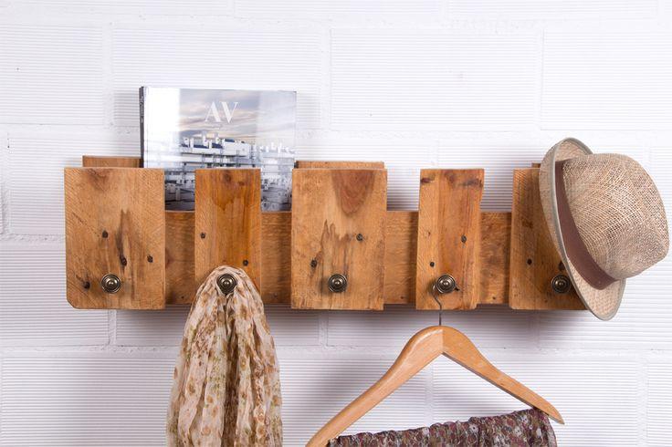 Perchero palets POSETS. Perchero realizado con palets europeos reciclados, escoge la opción que mejor se adapte a ti y pídete el tuyo!