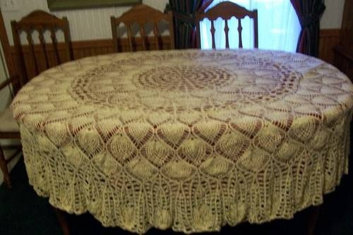 I have a round oak table that this Pineapple Pattern Table Cloth would look great on.
