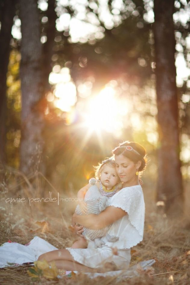 Amie Pendle Photography » blog » page 2 forest, meadow, field, fashion, woman senior girl portraits leaves, fall, golden sunset pink mother daughter, baby toddler family