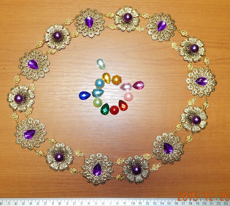 Medieval style necklace by Keahrou