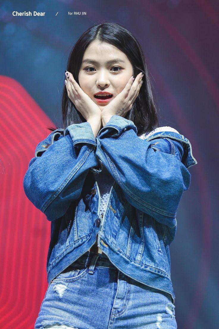 Shin Rhujin performing winner really really on Mixnine #신류진 #믹스나인 #JYP   cr. Cherish dear