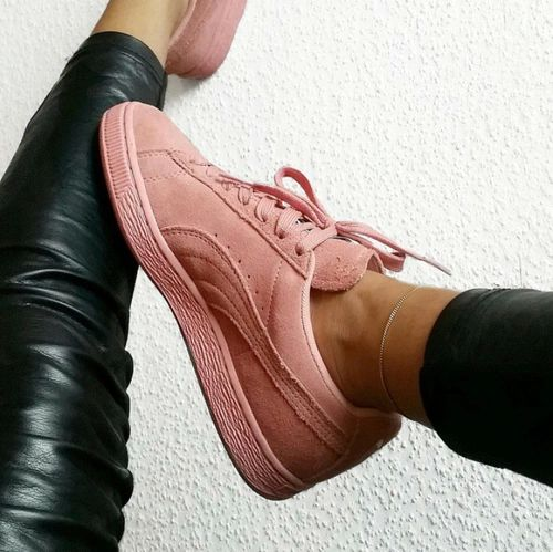 Pink suede Puma shoes with gold accessories and black pleather leggings.