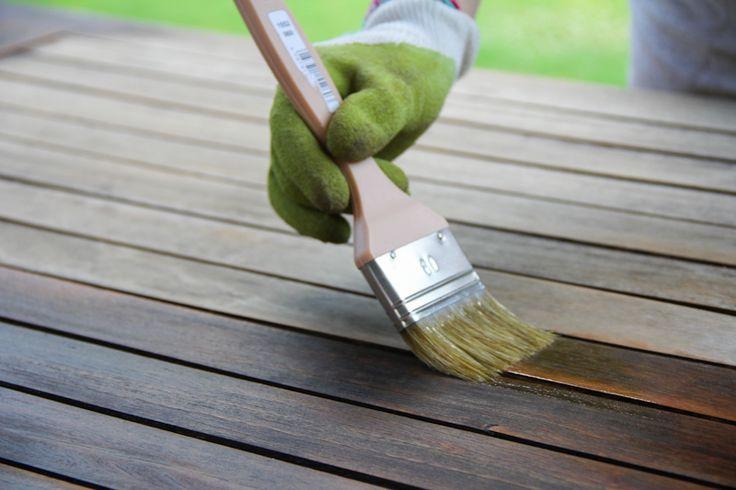Rénover une table de jardin en bois | Wonderful Breizh