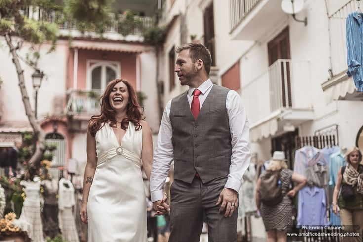 Visit www.amalficoastwedding.photos to find out more about elopement wedding in Italy on the Amalfi Coast by the professional engagement, wedding and honeymoon photographer Enrico Capuano.