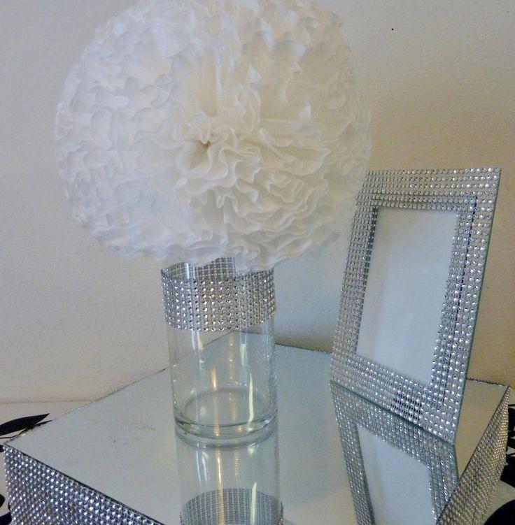 Cylinder Vase With Diamante Band Large White Silk Globe