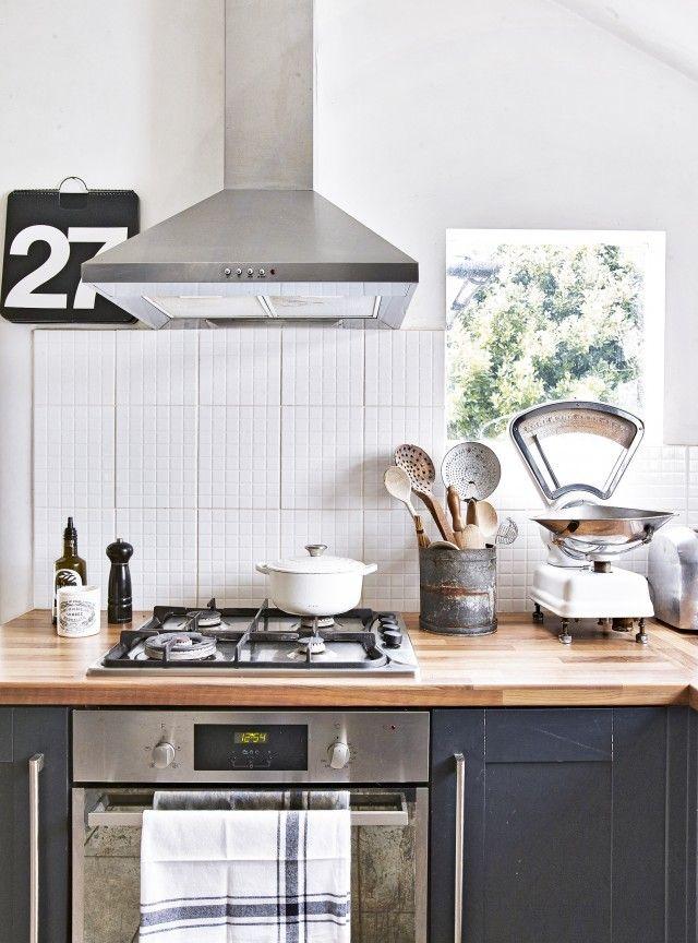 kitchen accessories design%0A Dark grey traditional kitchen with wooden worktops