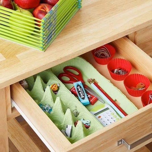 Des+boites+à+œufs+pour+organiser+l'intérieur+des+tiroirs.jpg (535×535)