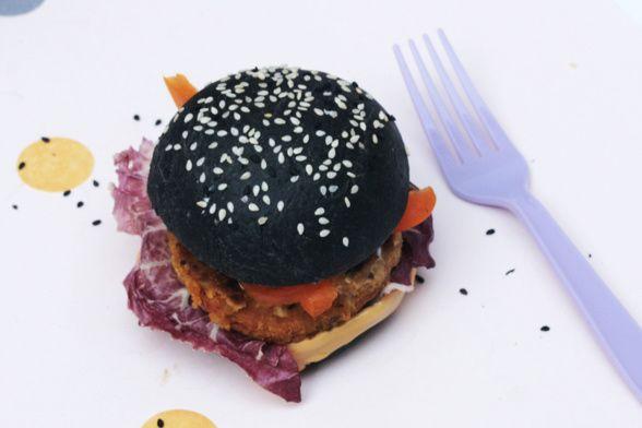 Black buns - BURGERS NOIRS - STEAK DE LENTILLES CORAIL